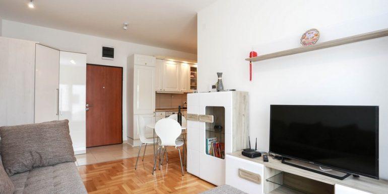 5 аренда квартиры в Будве 1