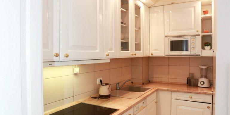 8 аренда квартиры в Будве 1