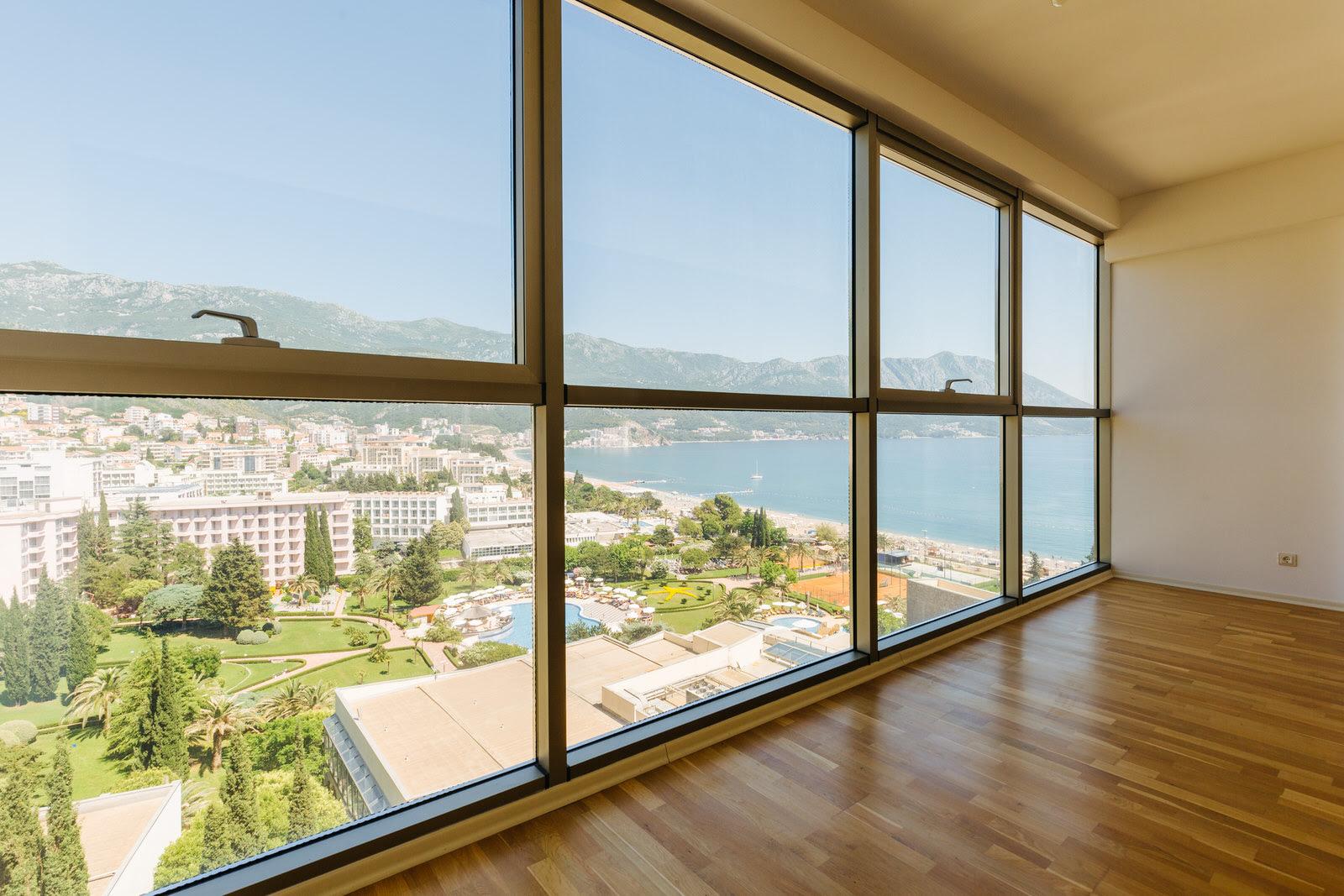 Квартира с панорамным видом на море